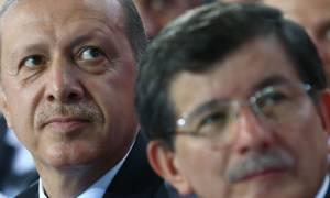 Τουρκία: Ο Ερντογάν έκανε δεκτή την παραίτηση Νταβούτογλου