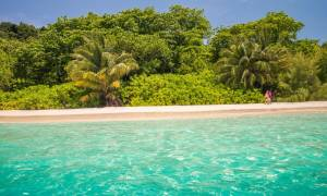 Γιατί αυτό το παραδεισένιο νησί κλείνει τις πόρτες του στους τουρίστες;