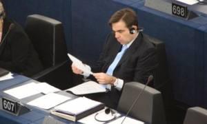 Μήνυμα από την Κομισιόν: Το χρέος είναι ζήτημα που αφορά κυρίως τα κράτη-μέλη