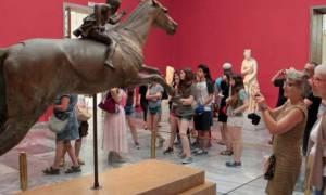 Προσλήψεις: 2.267 εποχικοί σε μουσεία, κατασκηνώσεις και νησιά