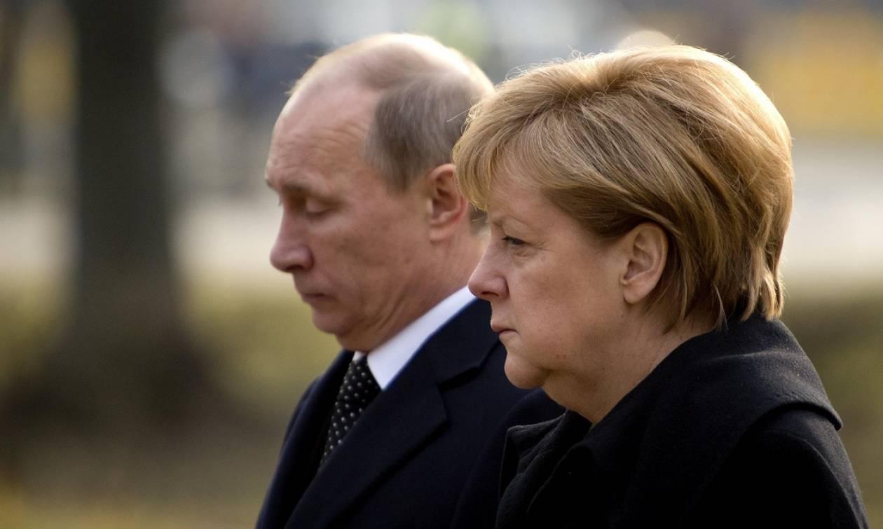 Τηλεφωνική συνομιλία Πούτιν, Μέρκελ, Ολάντ και Ποροσένκο για την Ουκρανία