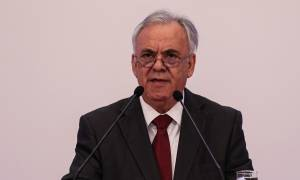 Δραγασάκης στο συνέδριο του ΣΕΒ: Τα προβλήματα παραμένουν και είναι μεγάλα