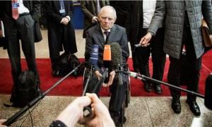 Eurogroup: Σόιμπλε - «Ναι» σε συμφωνία «όχι» σε ρύθμιση του χρέους