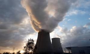 Γαλλία: Μετά τα διυλιστήρια απεργία ξεκινούν και οι εργαζόμενοι στα πυρηνικά εργοστάσια (Vid)