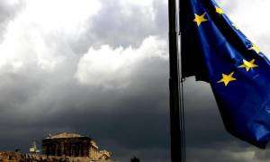 Le Monde: Συμφωνία για την Ελλάδα για να μη «μολυνθεί» το Βρετανικό δημοψήφισμα