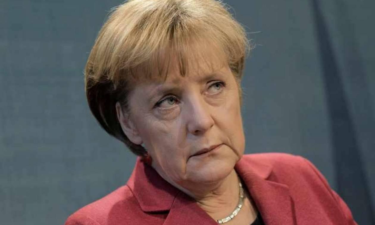 Μέρκελ: Δεν ακυρώνεται η συμφωνία για το προσφυγικό με την Τουρκία