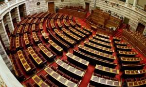 Το Γραφείο Προϋπολογισμού της Βουλής «αδειάζει» την κυβέρνηση: Ο «κόφτης» θα ενεργοποιηθεί αν…