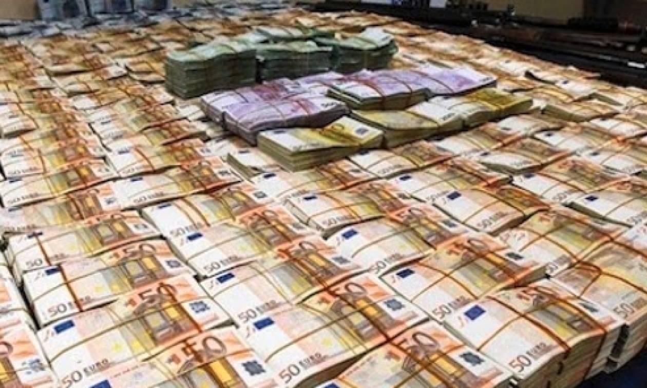 «Εγκεφαλικό» στα Φάρσαλα: Είδε στον τραπεζικό του λογαριασμό υπόλοιπο... 2 δισ. ευρώ!