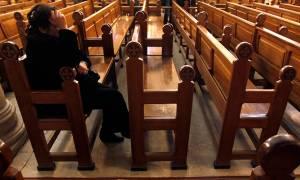 Αίγυπτος: Μουσουλμάνοι έκαψαν σπίτια και έγδυσαν ηλικιωμένη χριστιανή