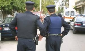 Ακράτα: Εισέβαλαν με κλεμμένο αμάξι σε τράπεζα και ανατίναξαν το ΑΤΜ