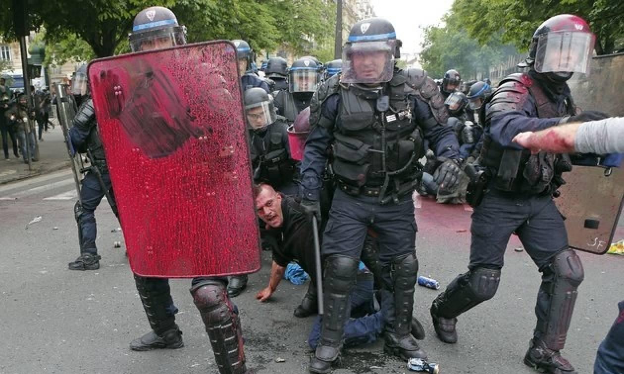 Με αμείωτη ένταση οι κινητοποιήσεις στη Γαλλία - Δεν υποχωρεί ο Ολάντ (pics)