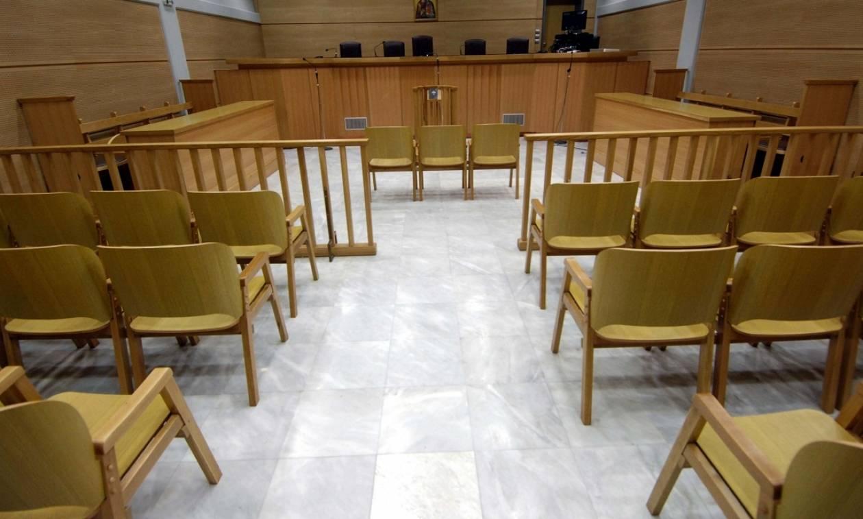 Στο δικαστήριο η υπόθεση του γιατρού που έκαψε την γραμματέα του (vid)