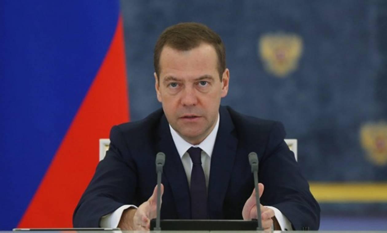 Μεντβέντεφ: Παρατείνεται η απαγόρευση των εισαγωγών τροφίμων από δυτικές χώρες
