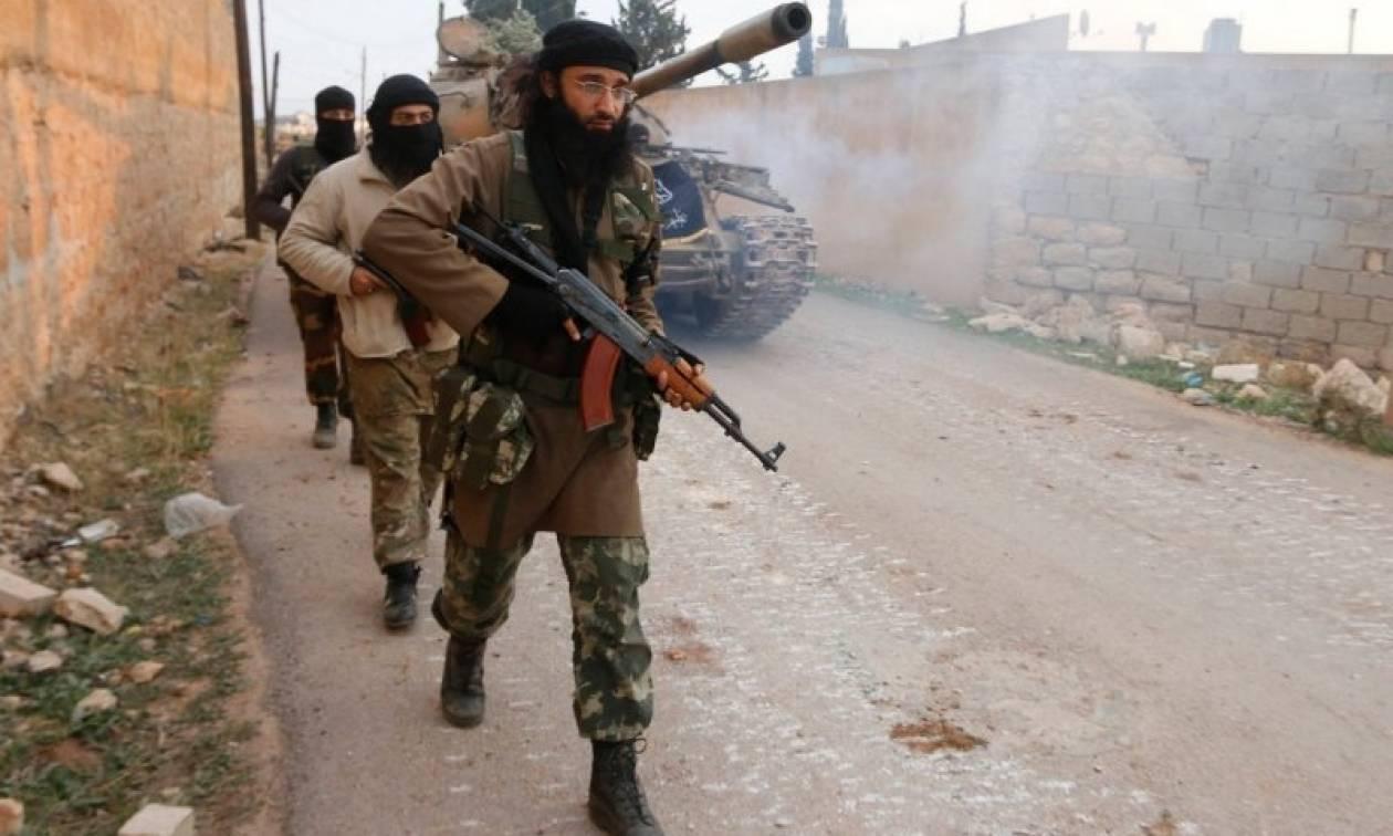Συρία: 100.000 άμαχοι εγκλωβισμένοι στα σύνορα με την Τουρκία λόγω επέλασης του ISIS (Vid)
