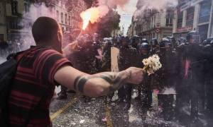 Γαλλία: «Έσπασαν» οι καταλήψεις των πετρελαϊκών εγκαταστάσεων – Συνεχίζεται η έλλειψη καυσίμων (Vid)