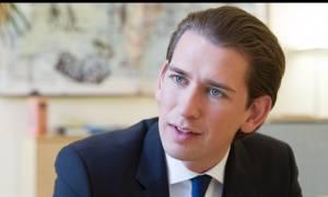 Ο Κουρτς προειδοποιεί: Μην εμπιστεύεστε την Τουρκία στη συμφωνία για το προσφυγικό
