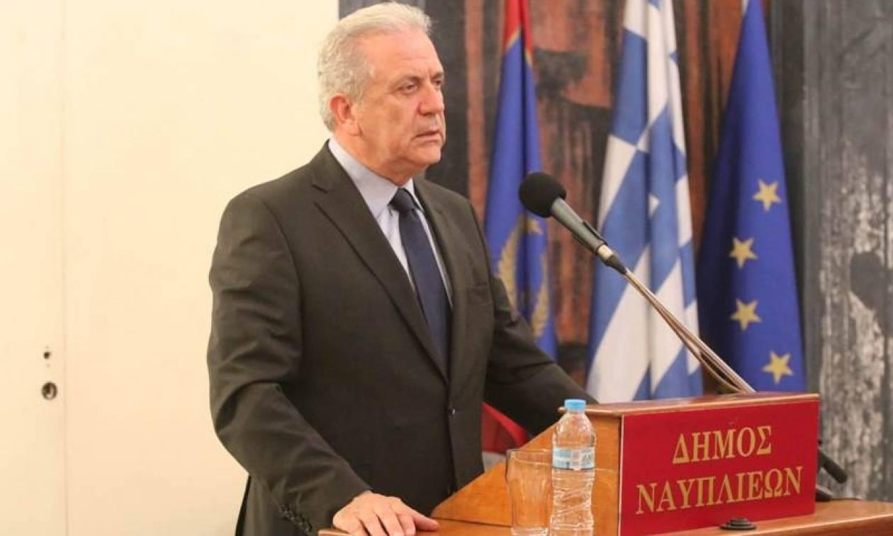 Αβραμόπουλος: Φαντάσματα εθνικισμού, λαϊκισμού και διαίρεσης αντιθμετωπίζει η Ευρώπη