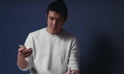 Ετσι γίνονται τα... ταχυδακτυλουργικά με τράπουλα, σε slow motion (video)