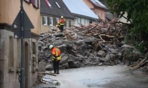Τουλάχιστον τέσσερις νεκροί από τις φονικές πλημμύρες που πλήττουν την Γερμανία (pics+vid)