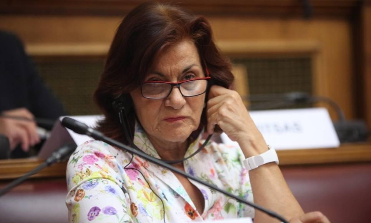 Φωτίου: Δεν θα ζητήσουμε πίσω το ΕΚΑΣ από τους χαμηλοσυνταξιούχους