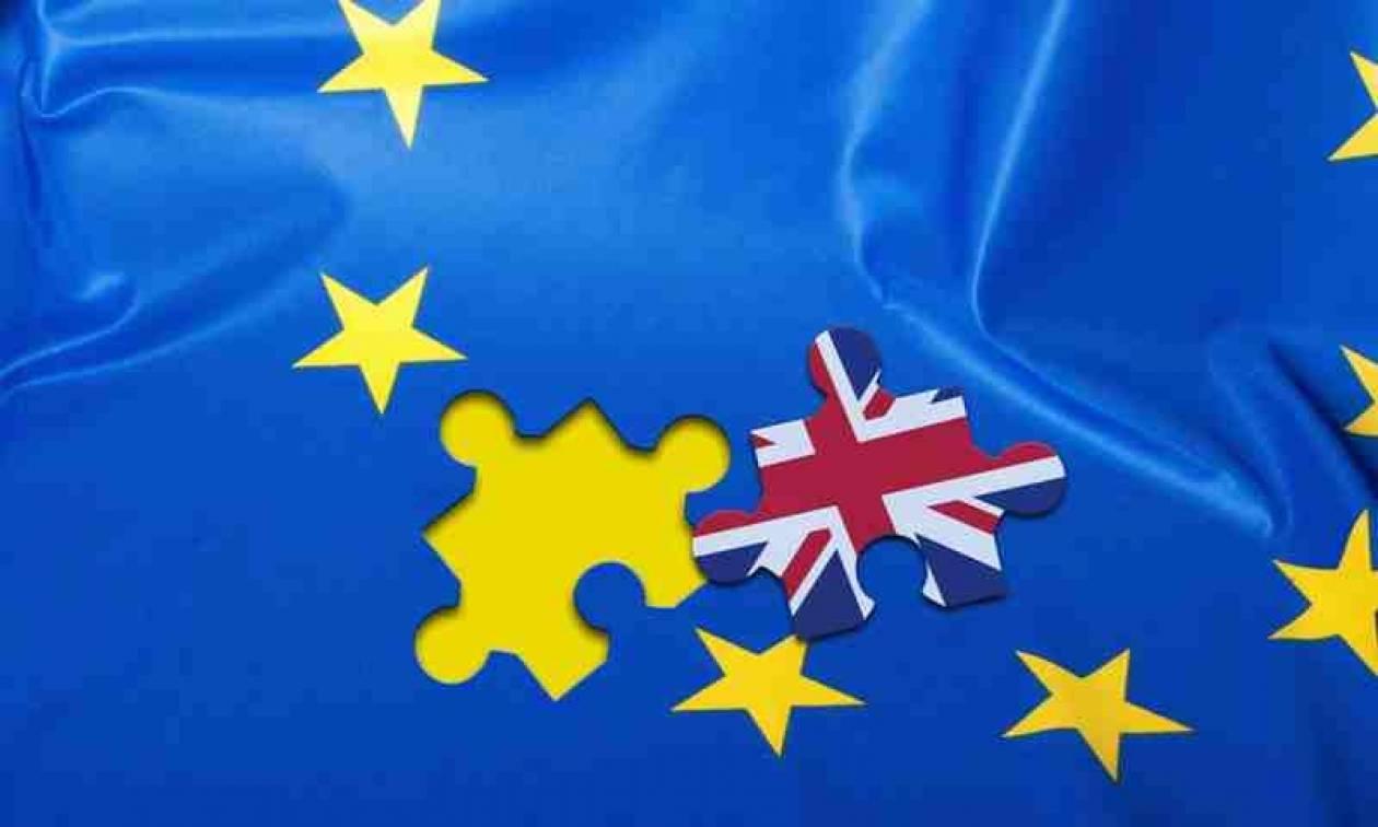 Βρετανία: Προβάδισμα 3% για το Brexit σε δύο δημοσκοπήσεις
