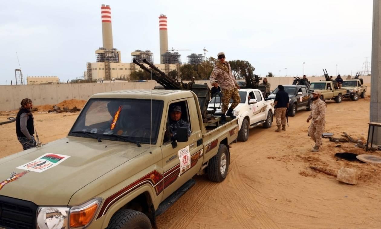 Λιβύη: Μάχη για το ποιος θα εκδιώξει τους τζιχαντιστές – Εκτοπίστηκαν από δύο πόλεις κοντά στη Σύρτη