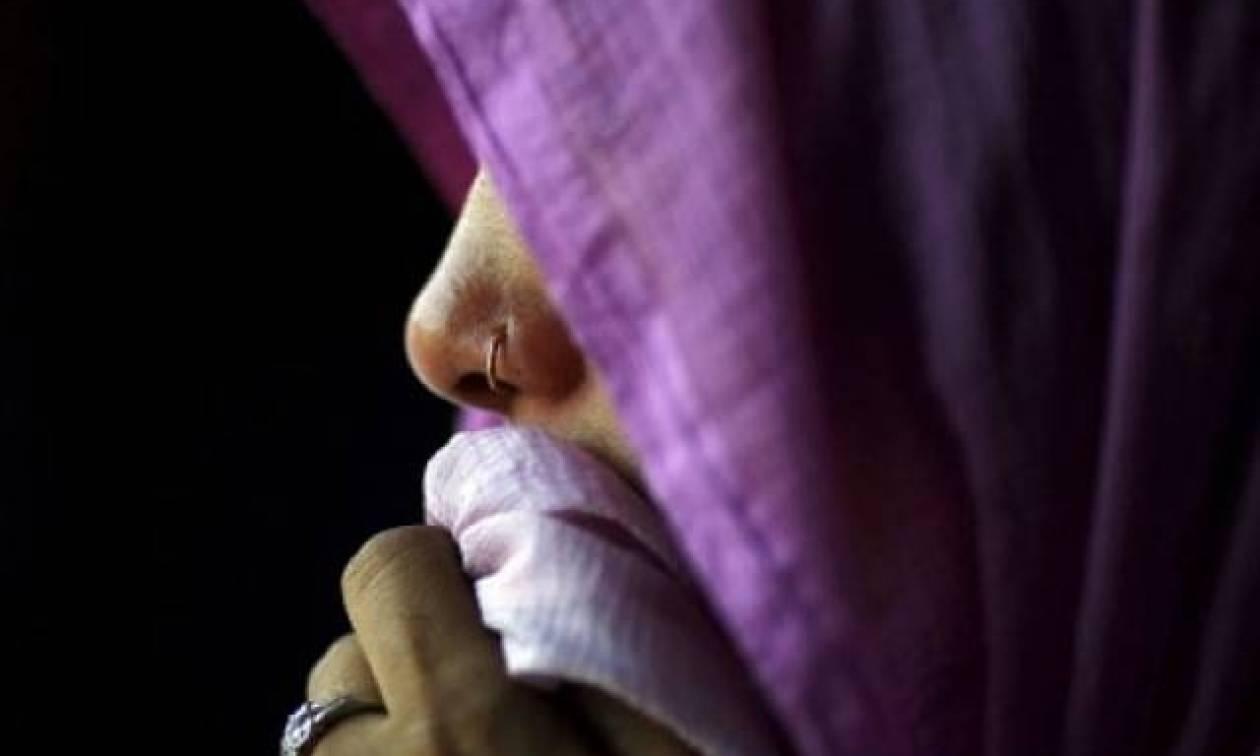 Αποτρόπαιο έγκλημα: Την έκαψε ζωντανή γιατί αρνήθηκε πρόταση γάμου (Vid)