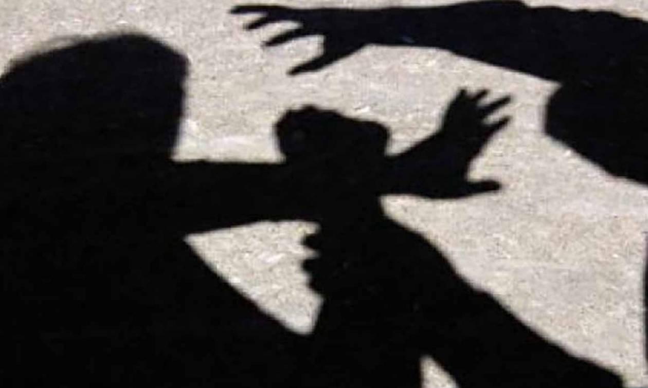 Την Πέμπτη (2/6) στo Αυτόφωρο ο άνδρας που ξυλοκόπησε την κόρη της γυναίκας του