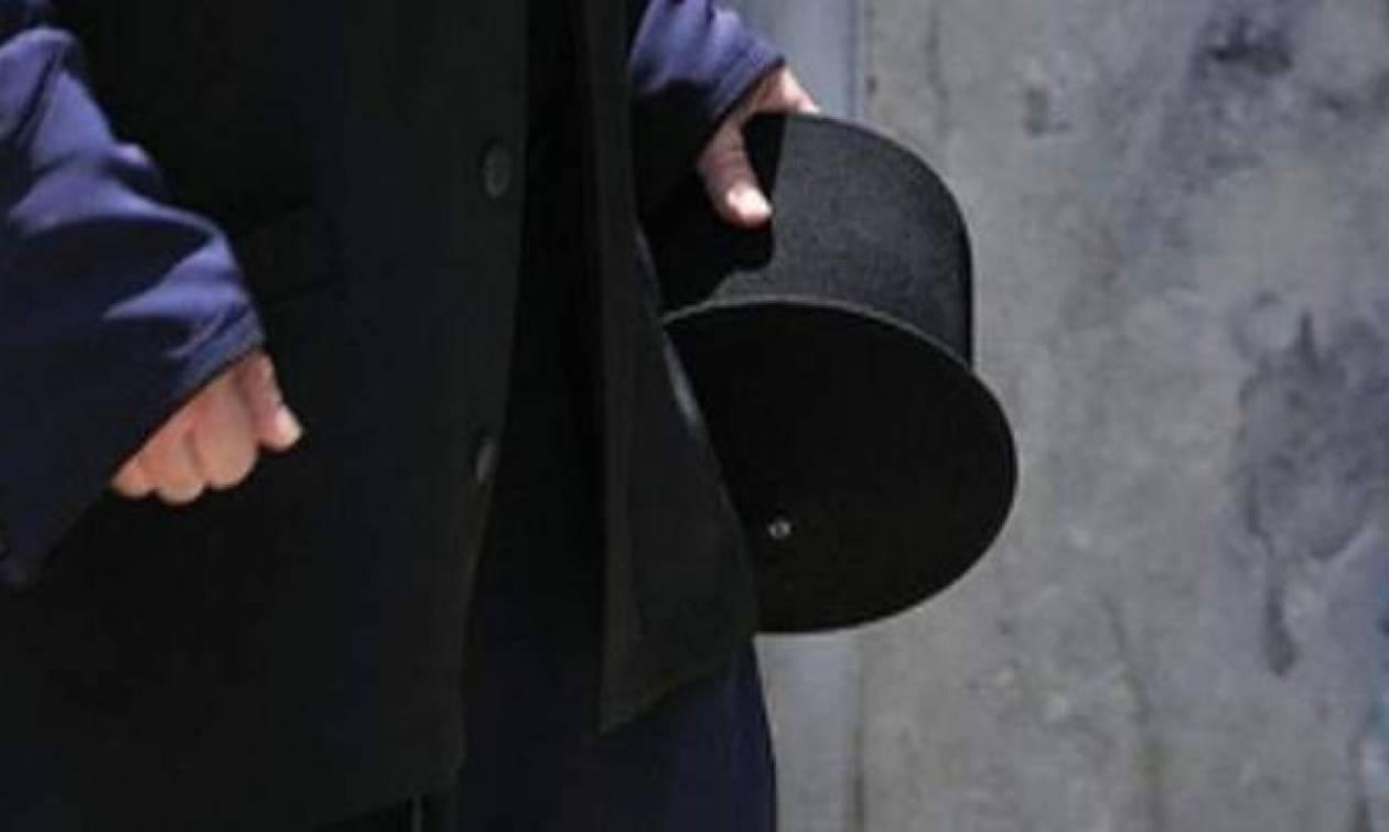 Σοκ στην Καβάλα: Συνελήφθη ιερέας για κλοπές εικόνων και ιερών λειψάνων!