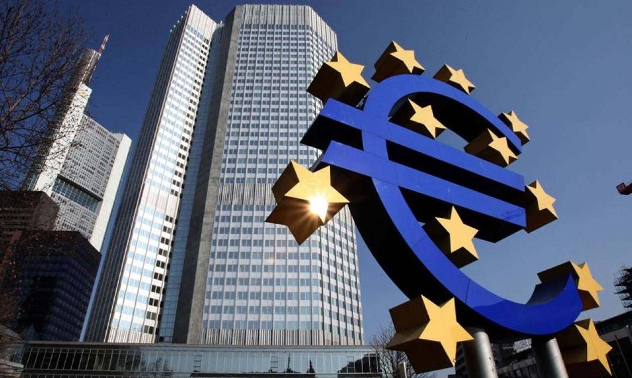 Reuters: Δεν είναι πιθανή η επαναφορά φθηνού δανεισμού για τις ελληνικές τράπεζες