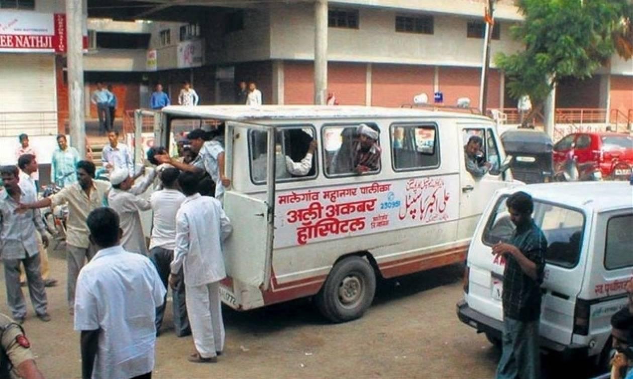 Ινδία: Δεκάδες νεκροί από συγκρούσεις της αστυνομίας με καταπατητές γης
