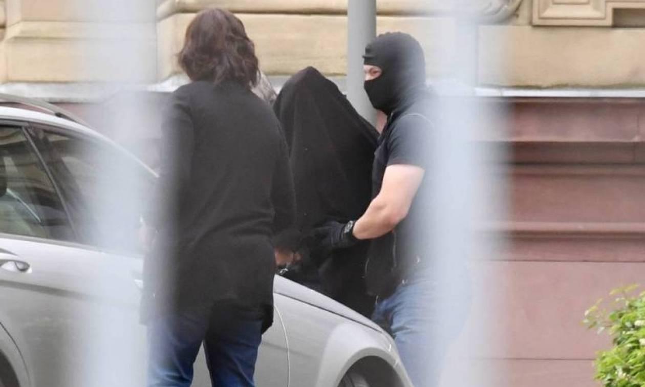 Τρομοκρατικός συναγερμός στη Γερμανία: Ετοίμαζαν βομβιστική αυτοκτονία στο Ντίσελντορφ (Vid)