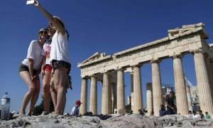 Αύξηση ΦΠΑ-προσφυγική κρίση δεν εμποδίζει τους Γερμανούς τουρίστες να κάνουν διακοπές στην Ελλάδα