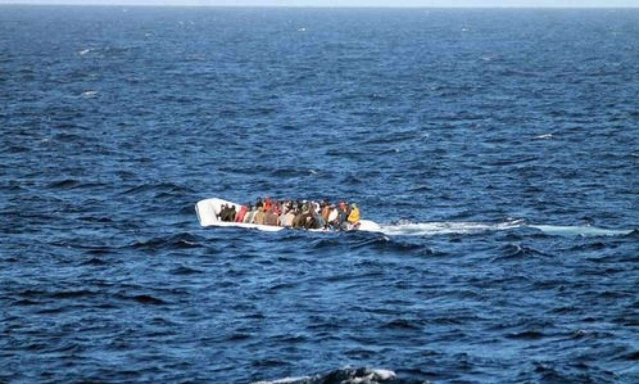 Διάσωση εκατοντάδων μεταναστών νότια της Σικελίας