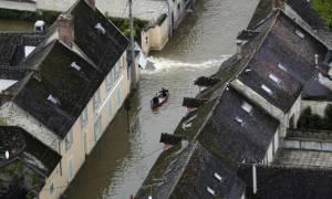 Γαλλία-Πλημμύρες: Μειώνεται στο πορτοκαλί ο κίνδυνος υπερχείλισης του Σηκουάνα (Vid)