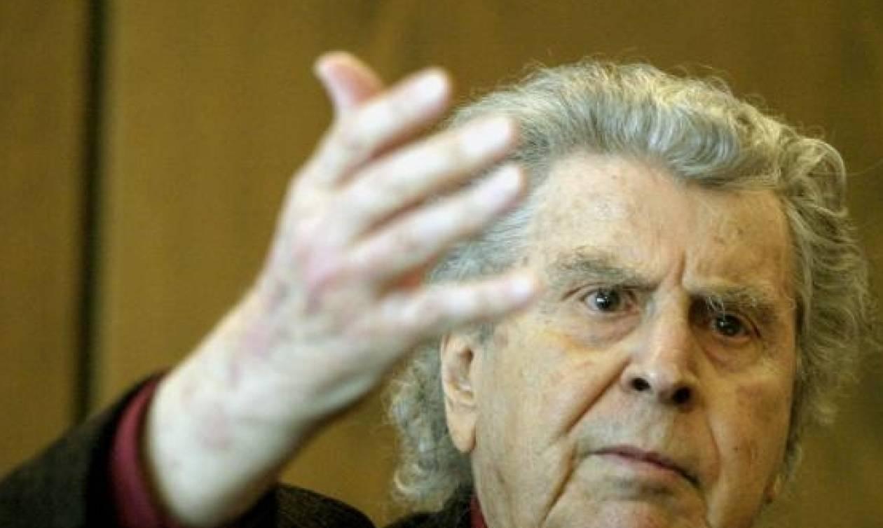 Μ.Θεοδωράκης: Λυπάμαι που δεν μπορώ να πάρω ένα καλάσνικοφ να κατέβω στις πλατείες(pics&vid)
