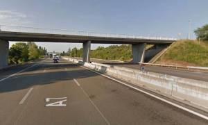 Τρόμος στη Γαλλία: Έξι τραυματίες από πυρά σκοπευτή εναντίον τουριστικού λεωφορείου