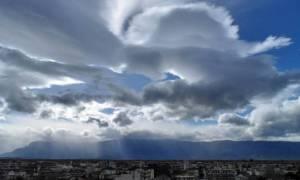 Καιρός: Με συννεφιά, βροχές και τοπικές καταιγίδες η Δευτέρα (pics)