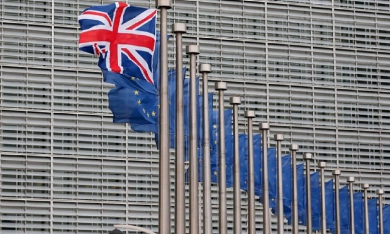 Βρετανία: Θέλουν Brexit oι συνδρομητές της Daily Telegraph