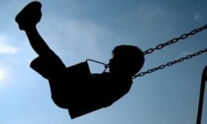 Έτσι θα προστατεύσετε τα παιδιά σας από τους παιδόφιλους-Οδηγίες από τον ψυχολόγο της ΕΛ.ΑΣ.