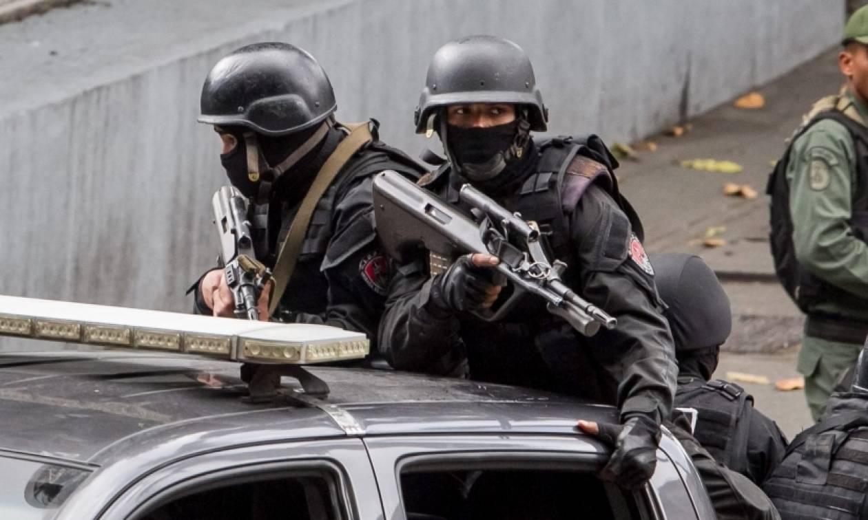 Βενεζουέλα: Κατηγορίες σε αστυνομικό για το θάνατο της 42χρονης σε πλιάτσικο