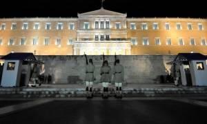 Στα «κάγκελα» η αντιπολίτευση για την συνταγματική αναθεώρηση της κυβέρνησης