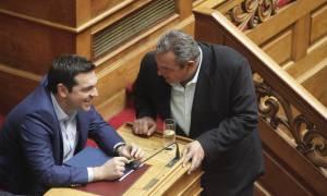 Ευτελίζουν τη σημασία του δημοψηφίσματος για μικροκομματικά παιχνίδια
