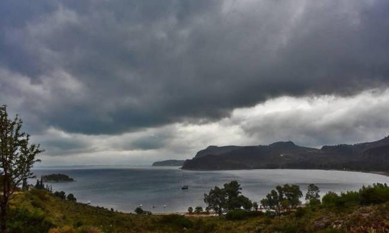 Καιρός: Το καλοκαίρι πήγε… διακοπές - Δείτε που θα σημειωθούν βροχές και καταιγίδες (pics)