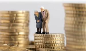 Σοκ για 200.000 συνταξιούχους: Μειώσεις έως 40% στις επικουρικές συντάξεις