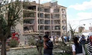 Τουρκία: Πέντε οι νεκροί από τη νέα βομβιστική επίθεση με 500 κιλά εκρηκτικά (video)