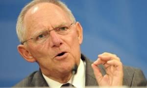 Μας δουλεύει το Βερολίνο: Ο Σόιμπλε εγκρίνει τη δόση αλλά η γερμανική Βουλή την «παγώνει»!