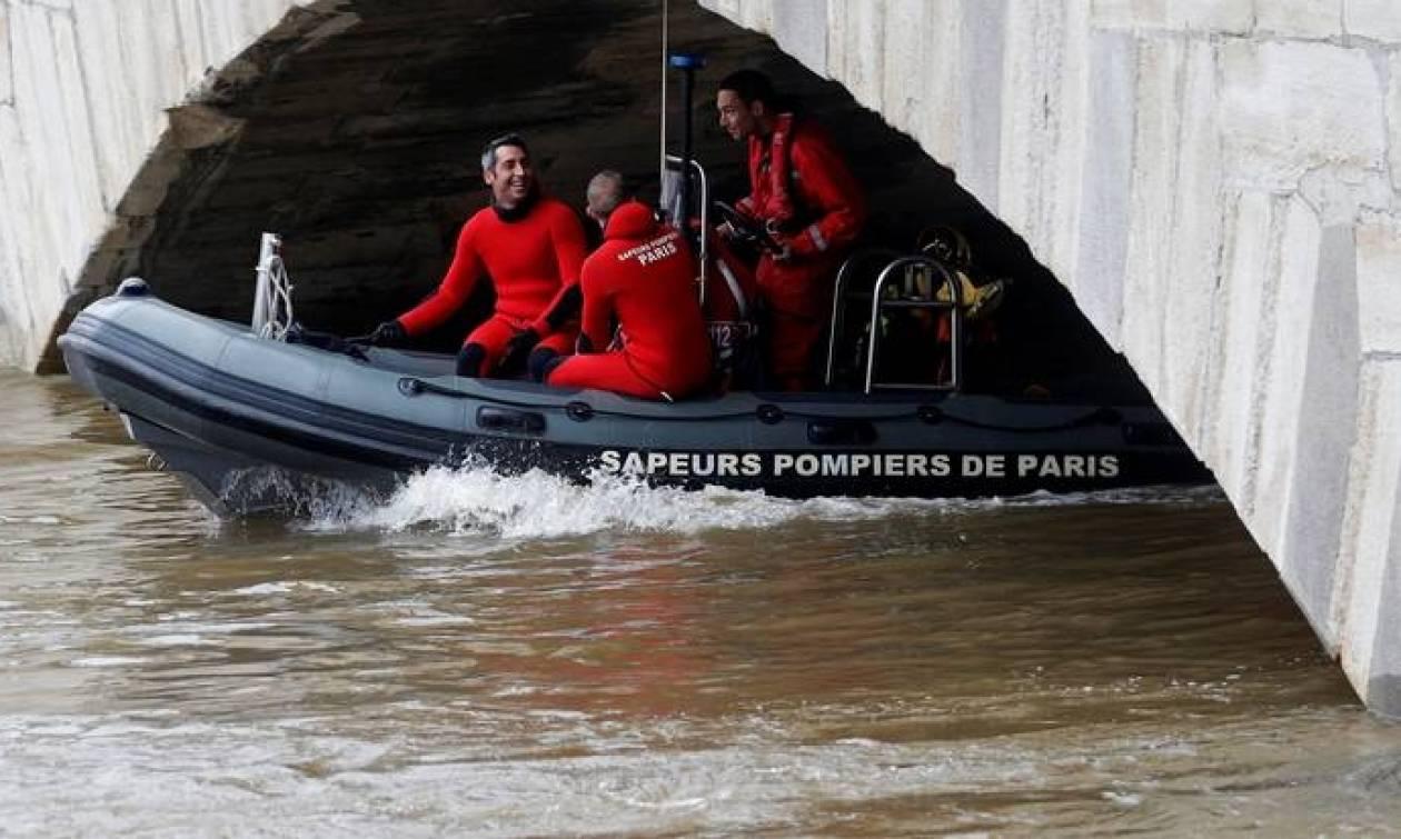 Γαλλία: Σε κατάσταση φυσικής καταστροφής 800 κοινότητες μετά τις πλημμύρες