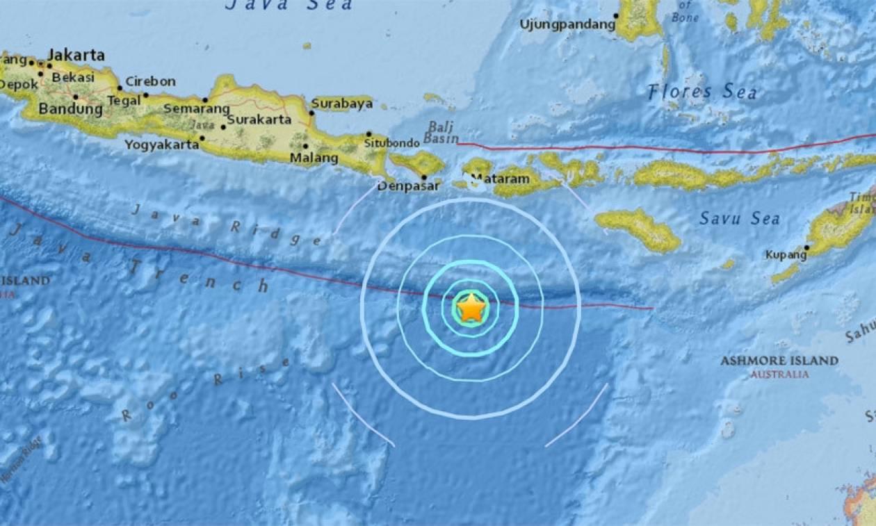 Ισχυρός σεισμός 6,2 Ρίχτερ συγκλόνισε την Ινδονήσια