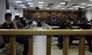 Δίκη Χρυσής Αυγής: Την παρουσία όλων των κατηγορούμενων στη δολοφονία Φύσσα διέταξε το δικαστήριο